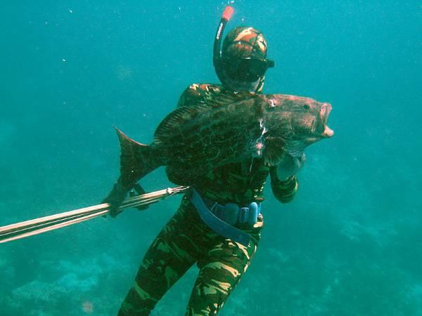 underwaterblack